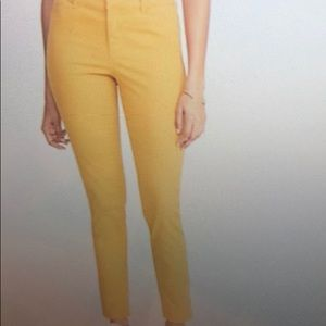 Old Navy women's mid rise pixie chino ankle pant